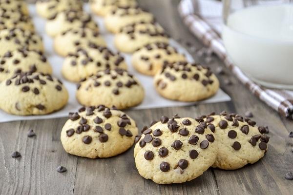 Ricetta Cookies Facile E Veloce.Biscotti Con Gocce Di Cioccolato Fondente Ricetta Facile E Veloce