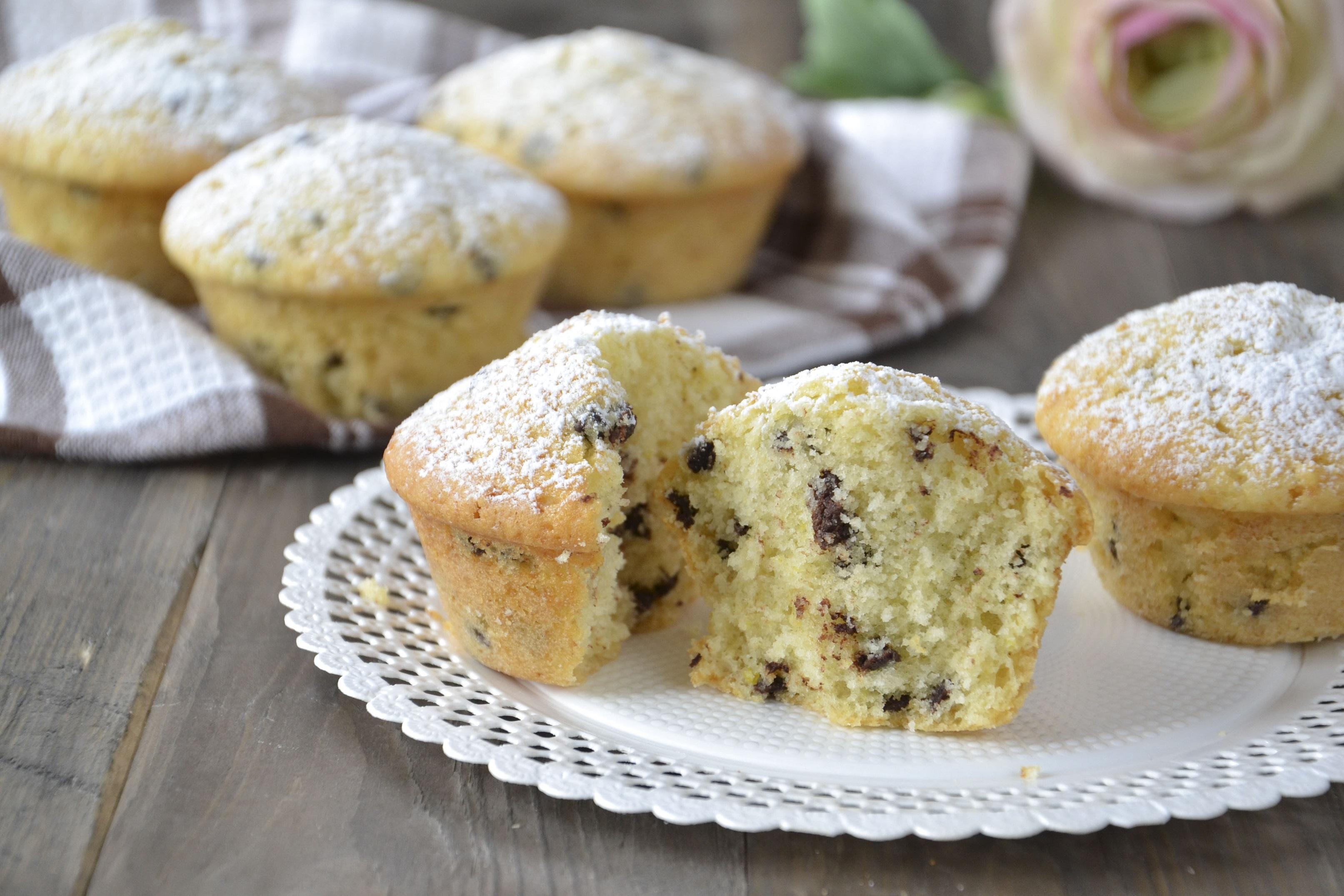 Ricetta Muffin Con Gocce Di Cioccolato.Muffin Con Gocce Di Cioccolato Fondente Ricetta Facile E Veloce