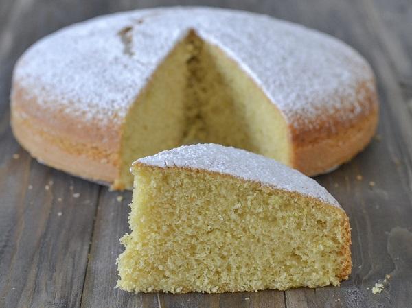 torta allo zenzero sfornata