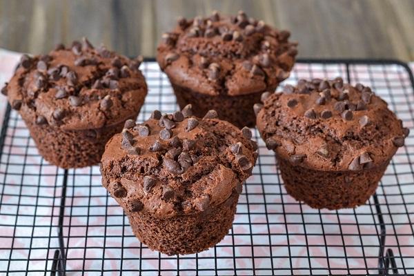 muffin al cioccolato soffici sfornati