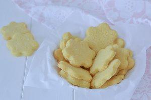 biscotti con farina di mais friabili