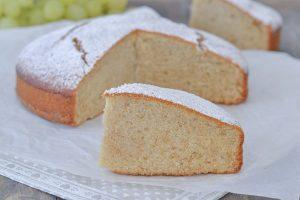 torta al succo d'uva bianca con zucchero