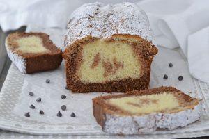 plumcake ai tre cioccolati sfornato