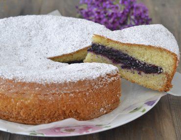 torta versata con confettura