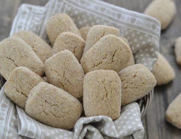biscotti con farina integrale al latte senza burro