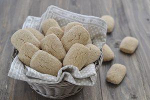 biscotti con farina integrale sfornati