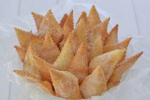 cenci toscani con zucchero