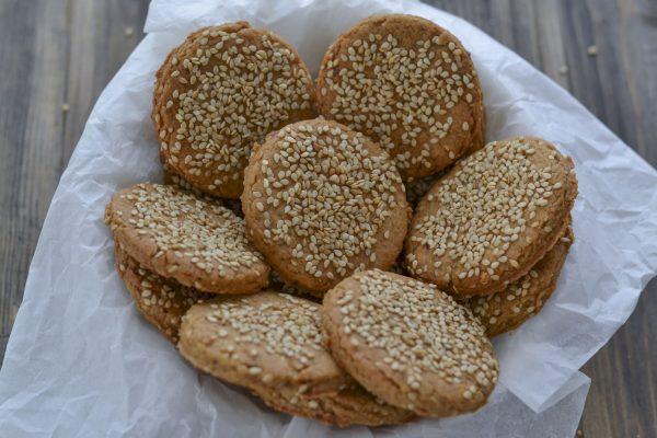 biscotti integrali ai ceci e sesamo