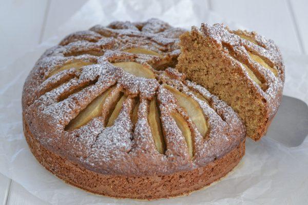 torta di pere con farina integrale senza burro