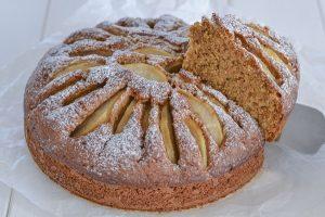 torta di pere con farina integrale soffice