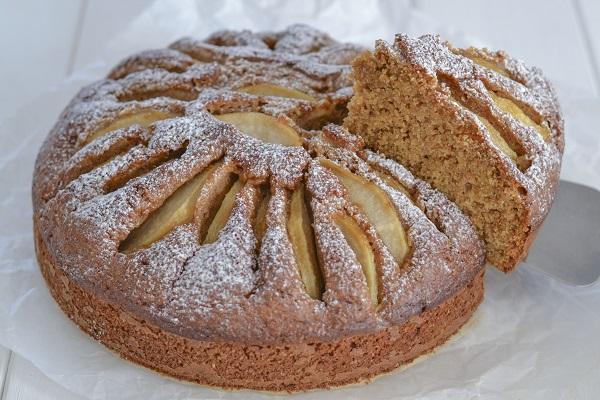 torta di pere con farina integrale