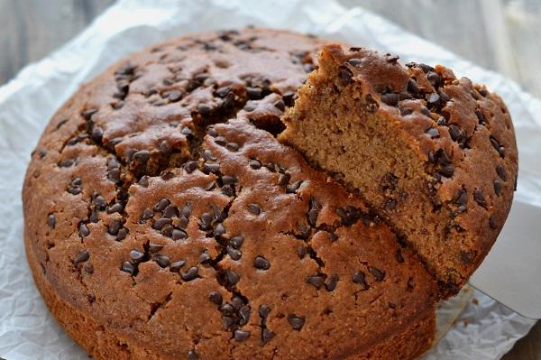 torta integrale con gocce di cioccolato fondente